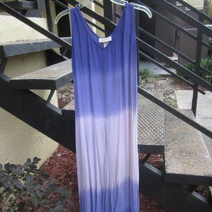 Long shades of purple crinkle dress - V-neck Sz M